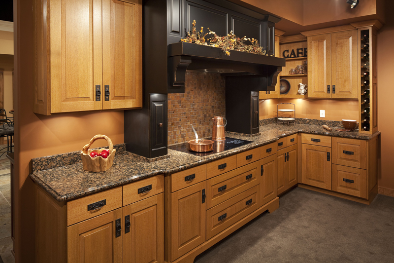 Custom kitchen cabinets photo gallery northland cabinets for Arts and crafts style hardware